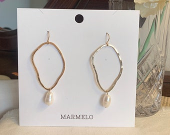 Everyday  Gift box MARMELO  Hypoallergenic Bold Texture Pearl Hoop earrings for woman  Unique earrings good for Dating outfit
