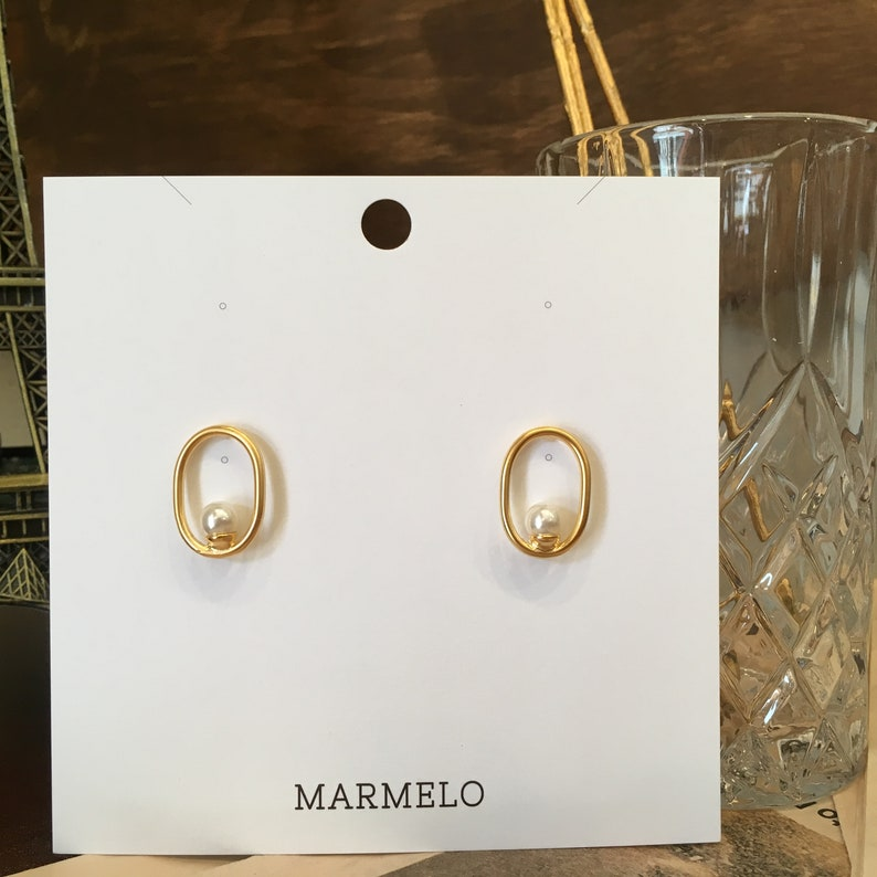 Mom with Gift box Bridesmaid MARMELO  Oval daily Gold Pearl Hypoallergenic earrings  Stud earrings good for Wedding Birthday