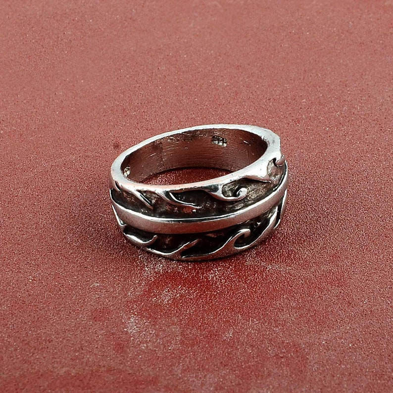 Gold Leaf Ring Nature Jewelry Laurel Ring Rose Gold Leaf Ring Sterling Silver Leaf Branch Ring twig ring,ring Layering Ring Vine Ring