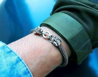 SKULL BRACELET Skull slave bracelet GOLD and Crystal Designer John Hardy Style Retro Punk Goth Vintage Skull Slave bracelet Statement
