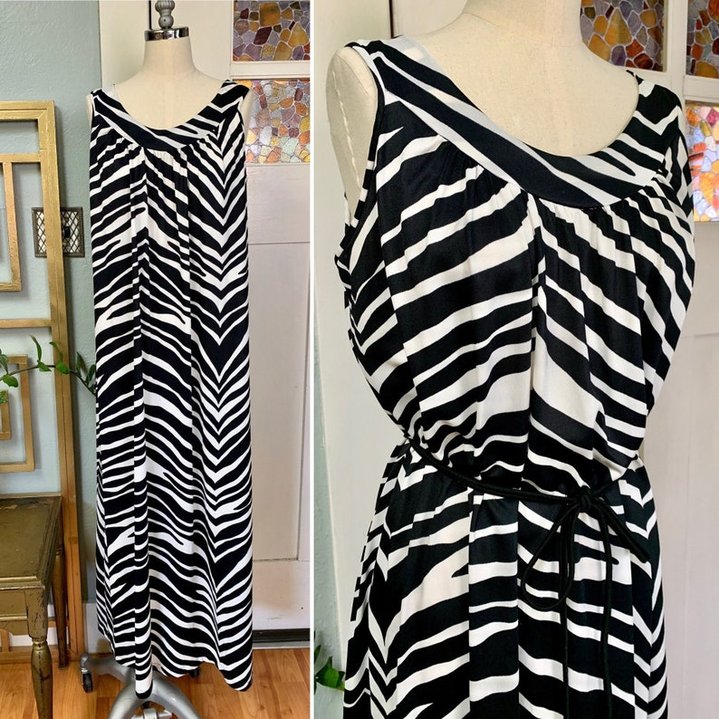 Vintage 70s Zebra Print Nightgown by Boutique New York M L