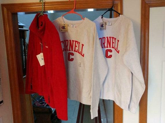 1324---Lot of 3 Cornell womens sportswear items -