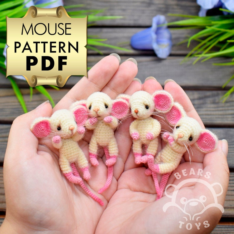 Crochet Pattern of the famous Little Mouse  dress image 0