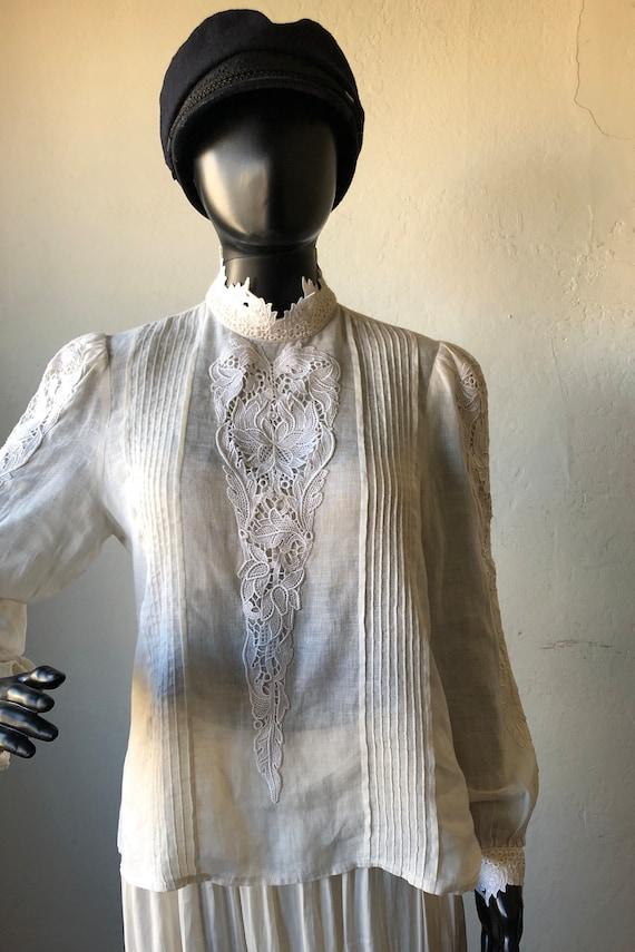 Vintage 1980s White Linen Women's Shirt