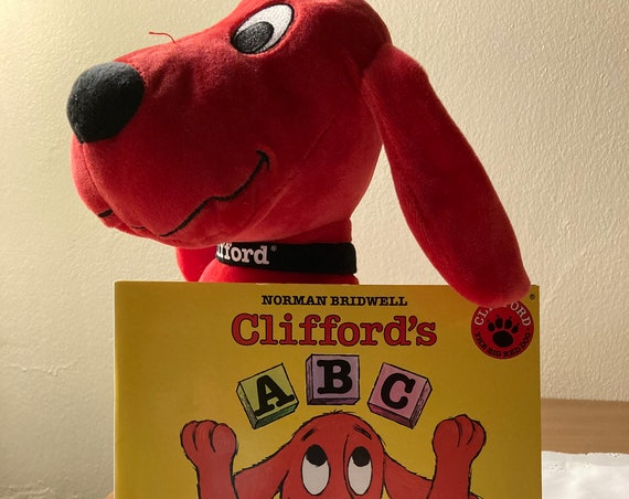 Plush Kohl's Kids Clifford the Big Red Dog