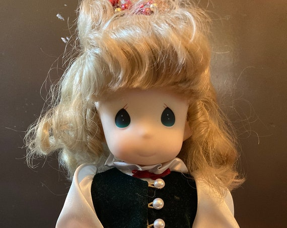 """Precious Moments 13"""" girl Doll W/Tag Holly December Garden of Friends # 1436"""