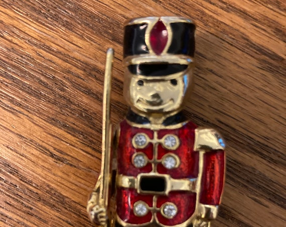 Christmas God-Tone Toy Soldier Brooch Pin