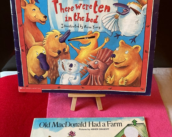 Two Classic Vintage Scholastic Books - There Were Ten in the Bed and Old MacDonald Had a Farm
