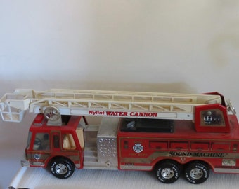 Vintage 1993 Tonka Fire Truck