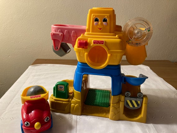 Vintage Fisher Price Happy Crane Construction Company #71223 1999