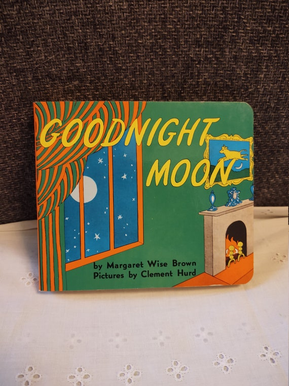 Good Night Moon by Margaret Wise Brown - 1991 Hard Cover Addition - 6 x 5 1/2
