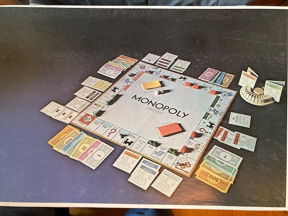 Monopoly Special Anniversary Edition Game/1974 Parkers Brothers Real Estate Trading Board Game