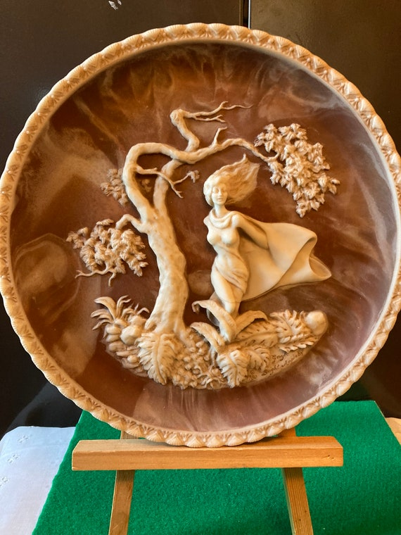 """Phantom of Delight Sculptured Plate, Baroque Cameo Art Plate, Romantic Poets Collection, Incolay Stone -Solid Incolay Stone Cameo Plate 10"""""""