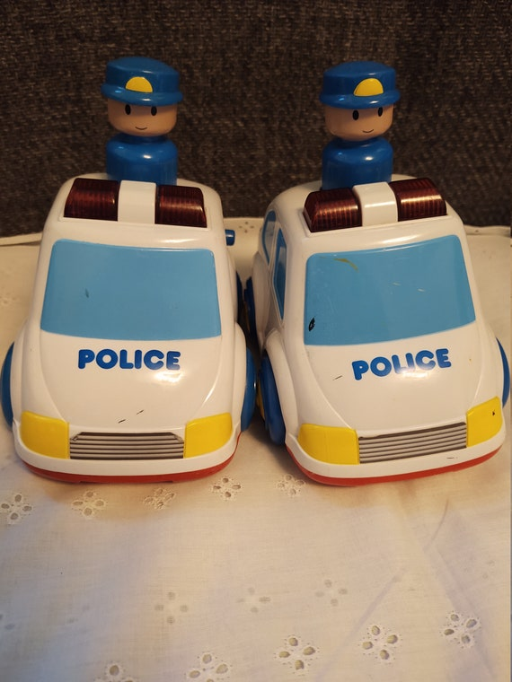 "6"" Megcos Police Emergency Vehicle with Woking Flashing Lights and Sound"