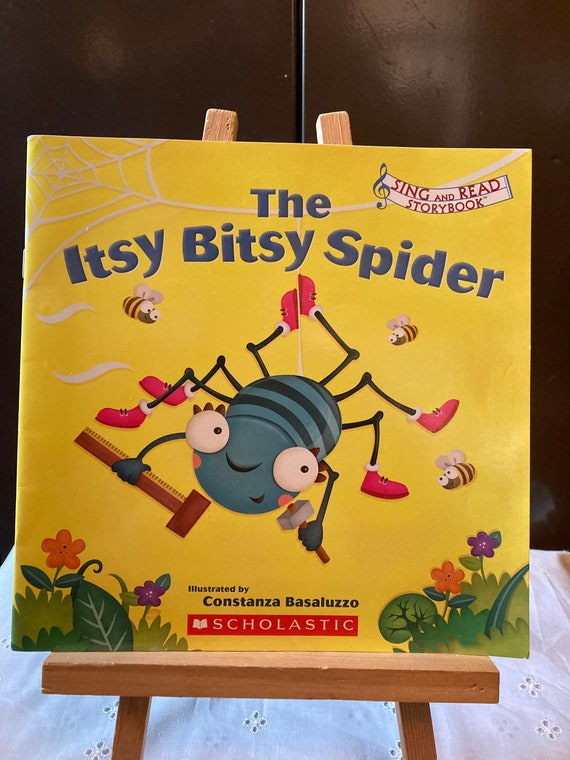Itsy Bitsy Spider Sing-A-Long Book - 2010 Scholastic Sing and Read Story Book