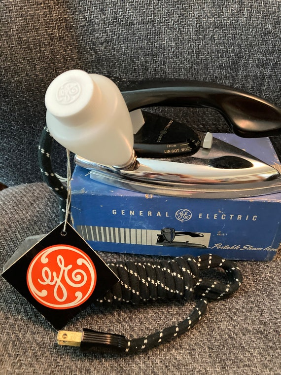Vintage 1950's  General Electric Steam Iron