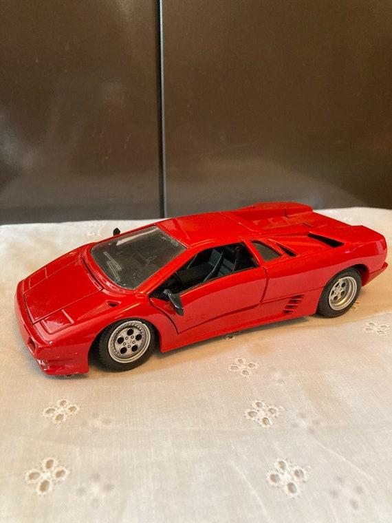 Vintage Maisto Lamborghini Diablo Red Diecast 1990 / SCALE 1.18