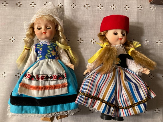 Dolls Of All Nations Includes N. 133 Greece and No 134 Holland Dolls