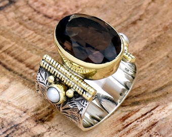Statement Ring For Her Fresh Water Pearl Ring Mystic Topaz /& Pearl Ring Wide Band Ring Two Tone Ring Mystic Ring Flower Textured Ring