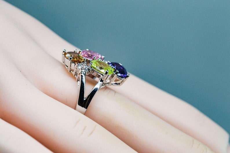 Size 7 12 Silver tone with multi color crystals womens ring 8 14