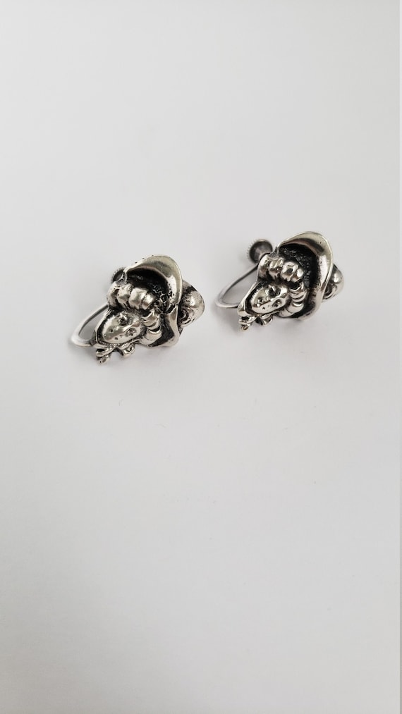 Vintage Victorian style sterling silver earrings -