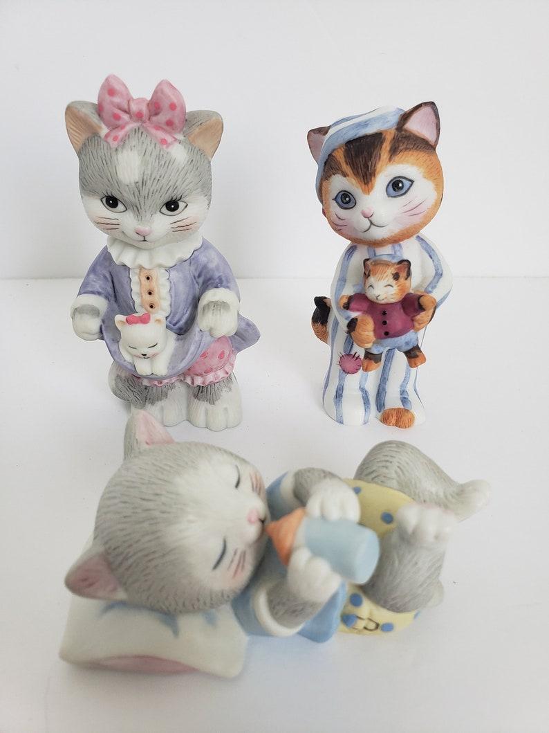 Vintage cat figures in pajamas set of 3bc srilanka