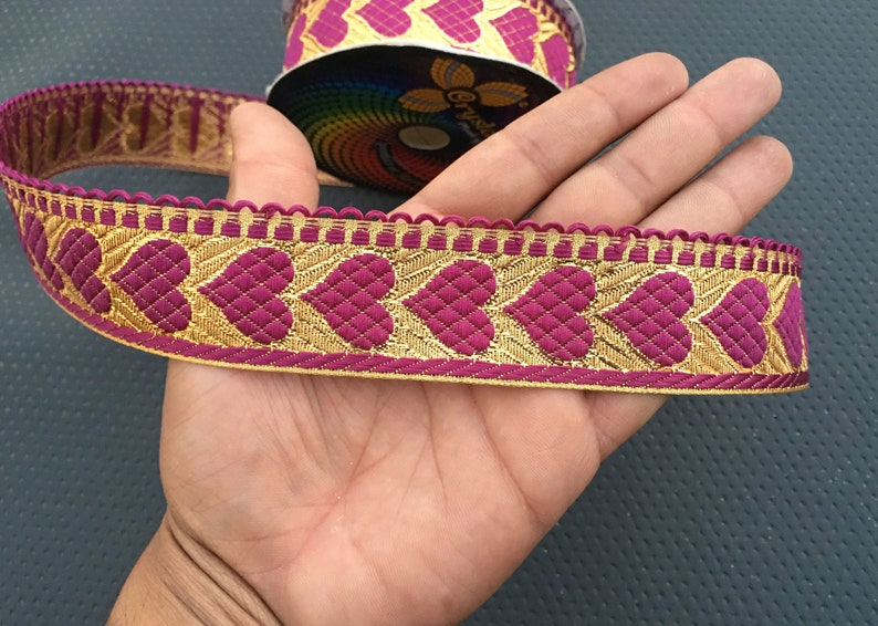 This Is 9 Yard Purple Heart Indian Jacquard Golden Color Stripes Ribbon Lace Trim For Crafting,Sewing Trim,Fabric Trim,Plane Sari Border