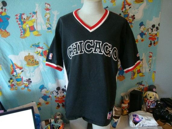 Vintage 90's Chicago Bulls Champion jersey Shootin