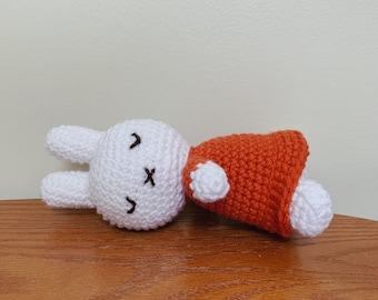 Miffy Amigurumi - Free Pattern - PDF Version Gift set w/ Miffy ... | 270x340