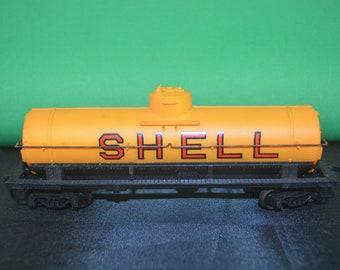 item #3555 Shell Tanker Bachmann HO Scale Train Tanker