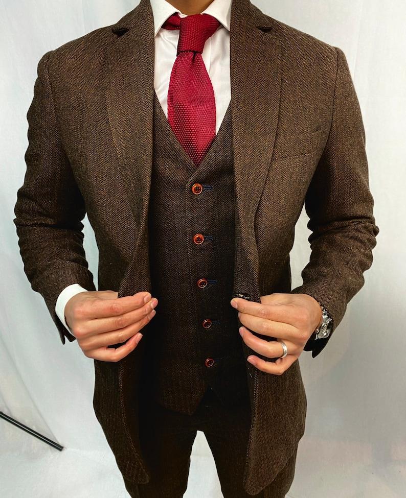 Men's Vintage Clothing | Retro Clothing for Men     Read the full title    Brown Estate Herringbone 3 Piece Tweed Suit  AT vintagedancer.com