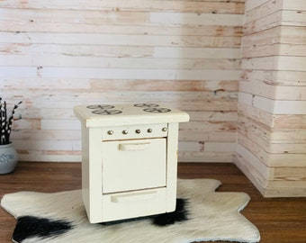 Dollhouse Furniture Stove Oven, Kitchen,  Vintage
