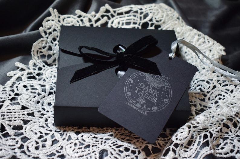 Graveyard Home Decor Gift Set: 2 Gothic Scented Wax Sachets Skull Freshener Cemetery Birthday Wedding Wax Tablet Christmas