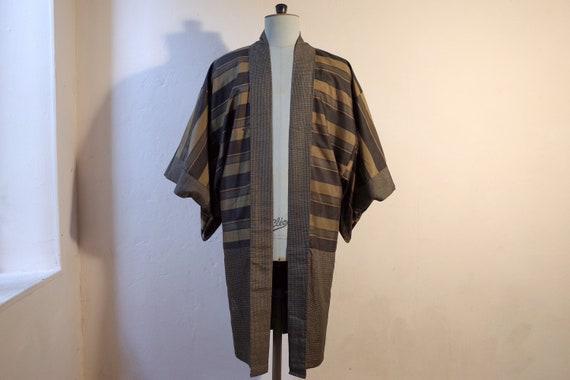 kimono, haori, vintage Japanese silk kimono jacke… - image 6