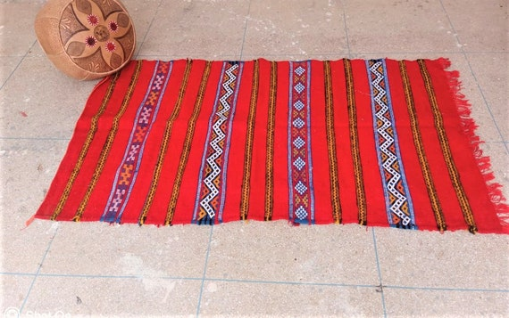 This rug will be perfect for your corridor Moroccan boho style Red Moroccan rug.Hot red rug Red runner rug made in morocco