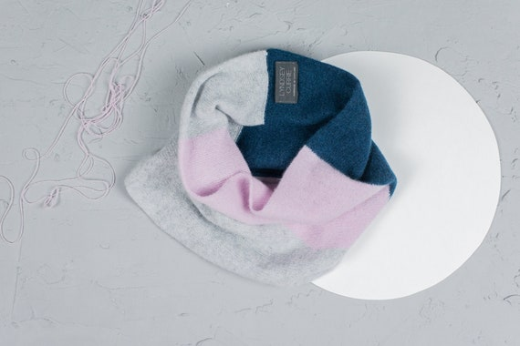 Small colour block snood, Pink, Petrol and light grey snood, Circle scarf, Lambswool accessories