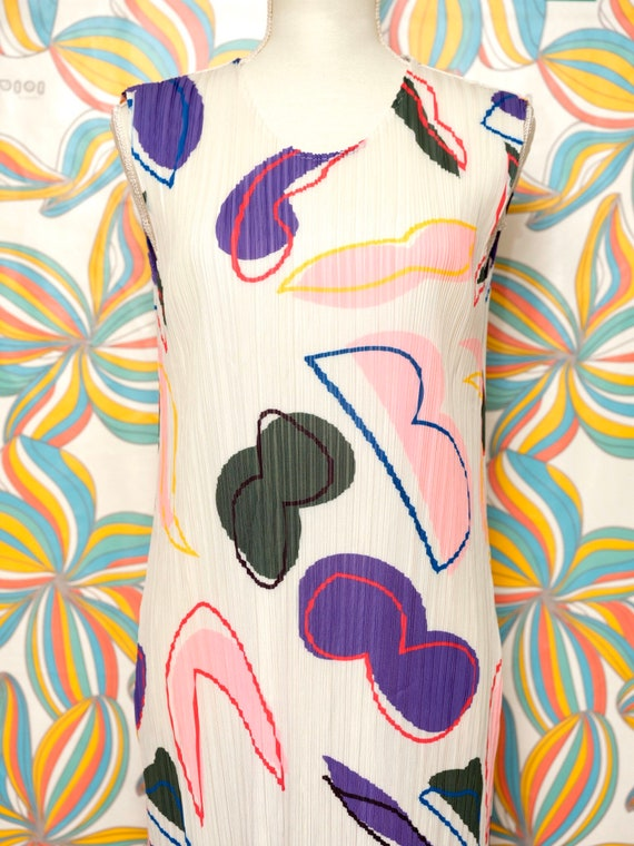 Pleated Colorful Graffiti Pattern Abstract Multicolor Sleeveless Dress
