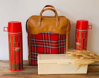 Vintage 1971 King Seeley Thermos Red Plaid Picnic Set with Bag | Outdoor Dining Set for 4 Includes Thermos and Sandwich Box |