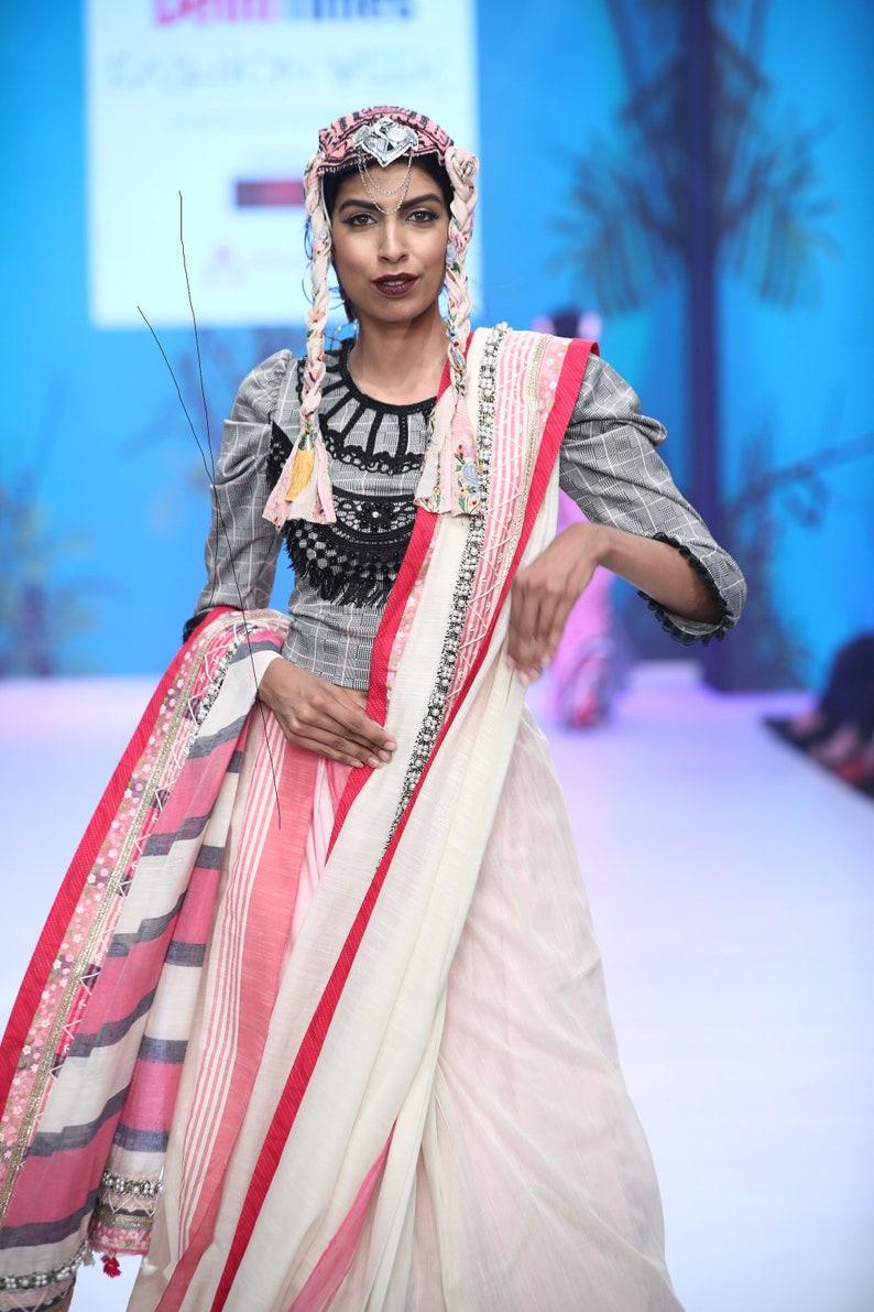 for women Statement Pink /& white eveningwear. saree