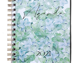 Custom 2021 agenda. The only agenda you can receive personalized, if you wish, with your own special days.