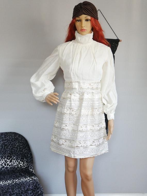 True Vintage 1960s Cute Creamy White Mini Dress Bi