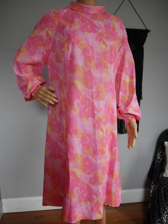 True Vintage 1960s Pink Floral Dress Bishop Sleeve