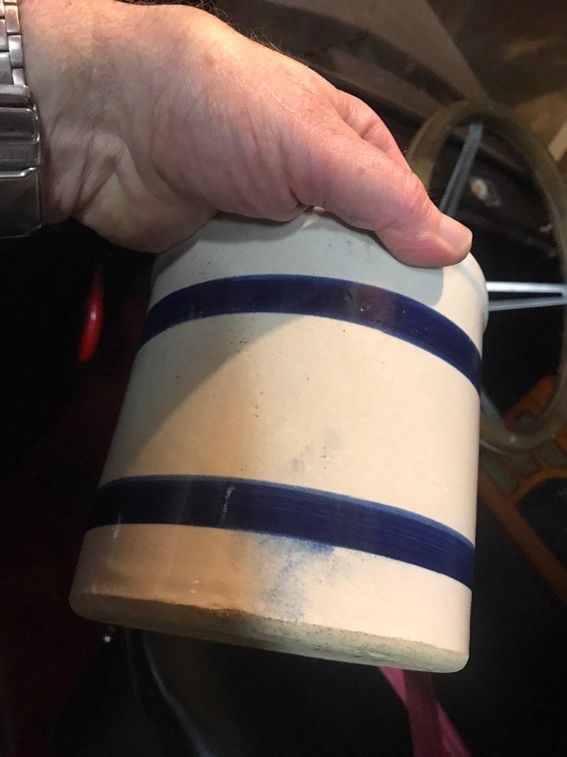 RRP Co Roseville OH Blue /& Whte Stripes Stoneware Crock
