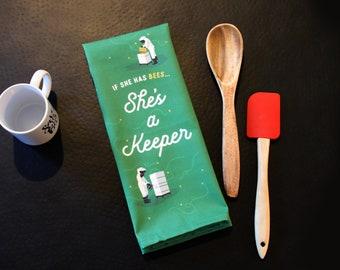 She's a Keeper, Beekeeper Tea Towel