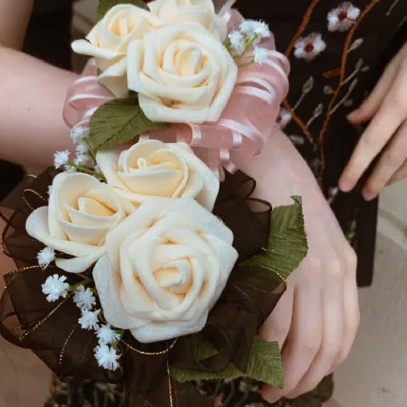 PromHomecomingFormalBridal Rose Corsage /& Boutonniere Set
