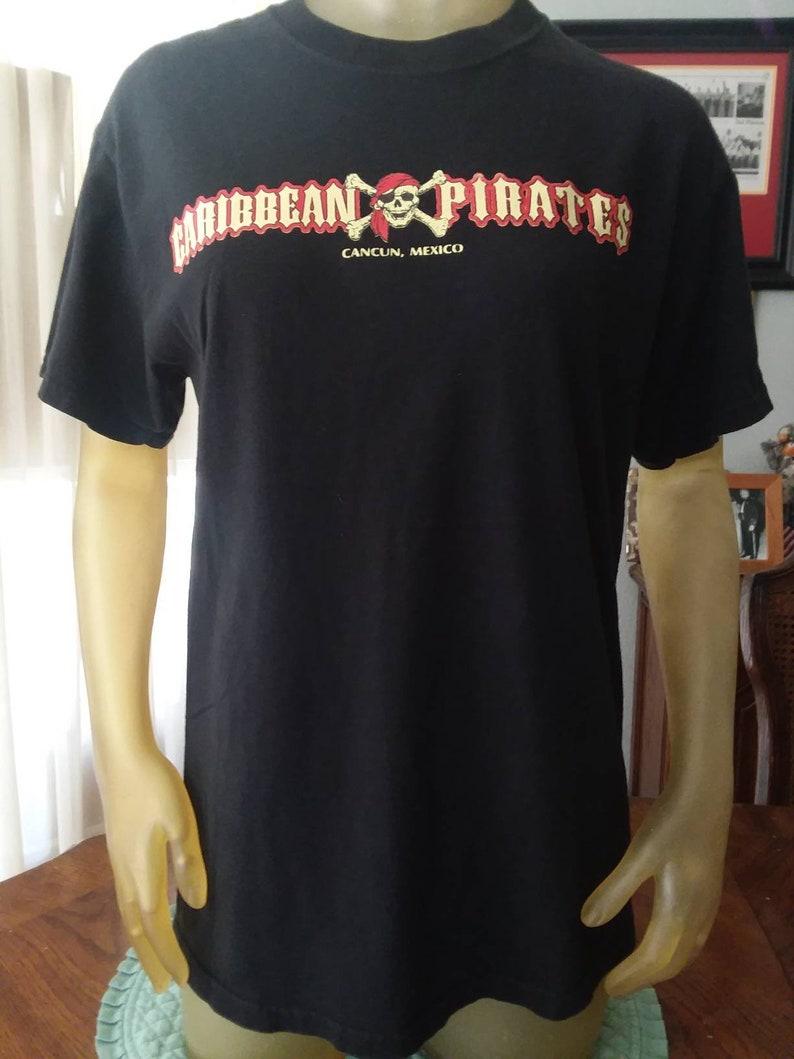 Caribbean Pirates Cancun Mexico T Shirt Medium 38 Chest