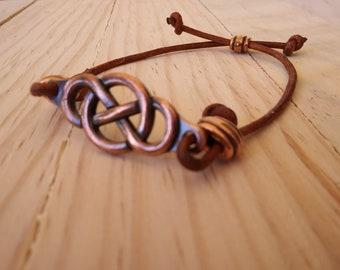 Copper Infinity Bracelet in Brown Leather - Adjustable - Men's or Women's Accessories