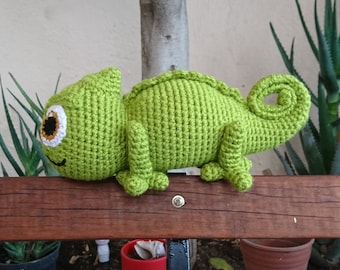 Patrón Amigurumi, Camaleón Pascal tejido a crochet, 16 hojas en Pdf para descarga inmediata, idioma español; Amigurumi Pattern