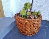 Old Round Willow Basket Vintage Basket Storage Basket Retro Basket Planter Old Household Basket Retro