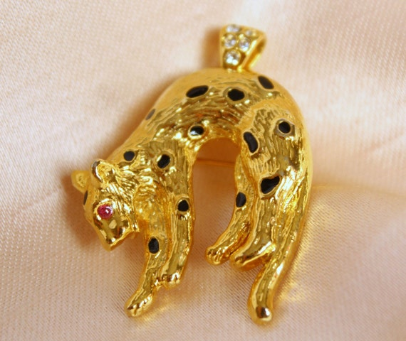 Cheetah brooch pendant, Cat pendant necklace, Jagu